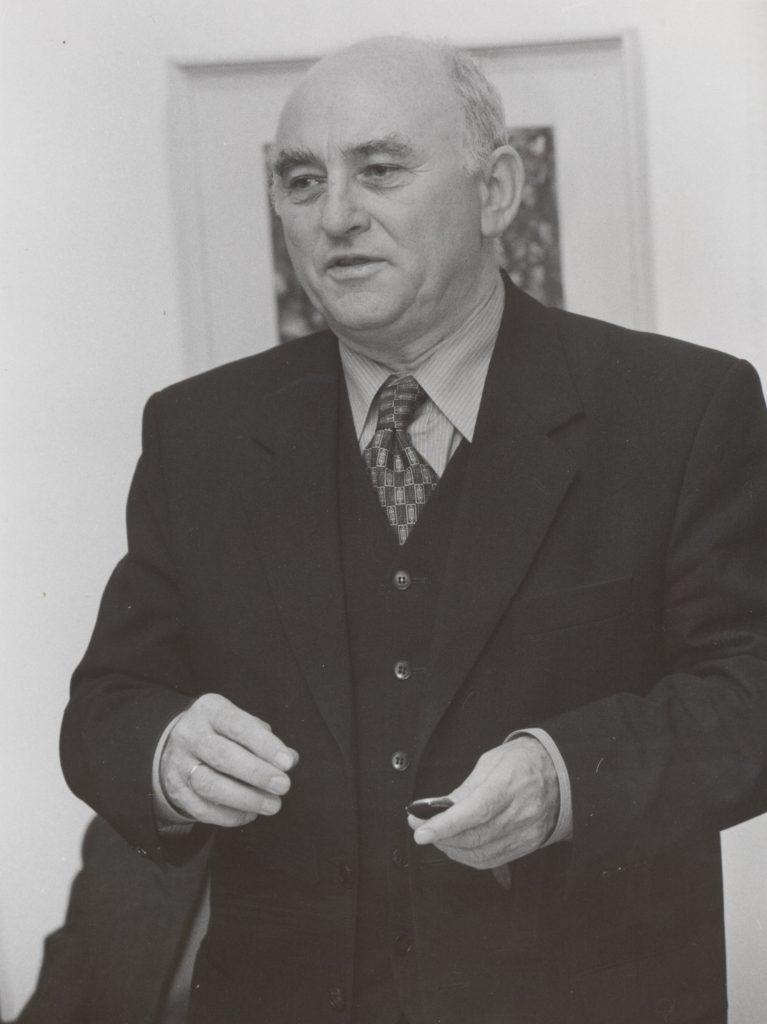 Glatz Ferenc az MTA elnöke a pozsonyi Magyar Intézetben.
