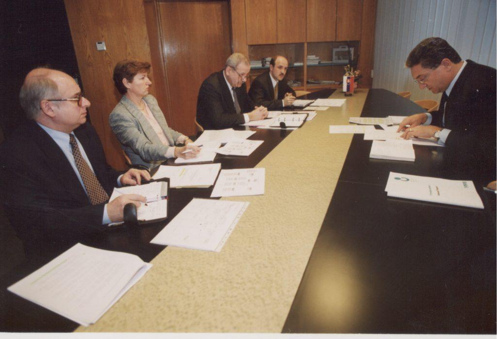 Harna István, az MKP alelnöke és építésügyi miniszter