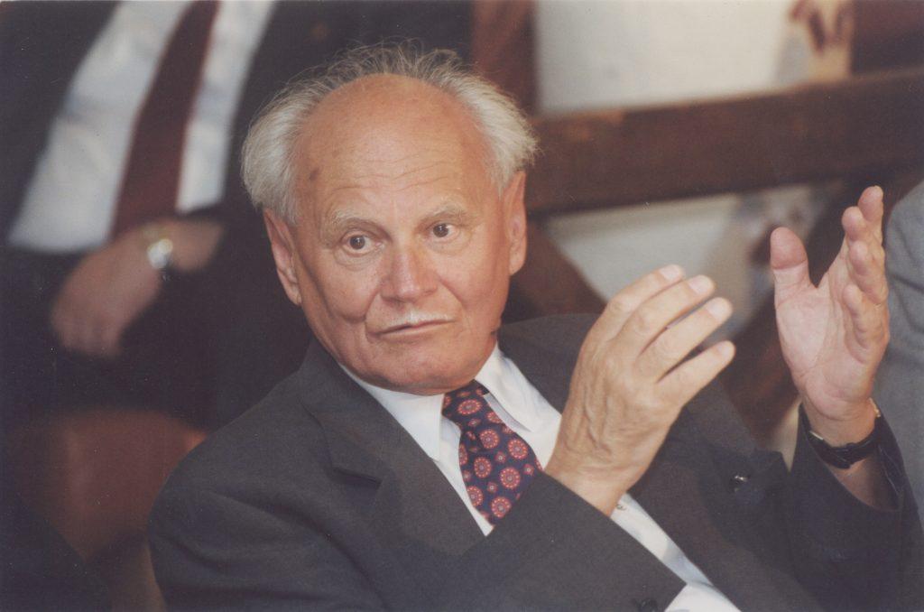 Göncz Árpád Dunaszerdahelyen. (a képen: Göncz Árpád)