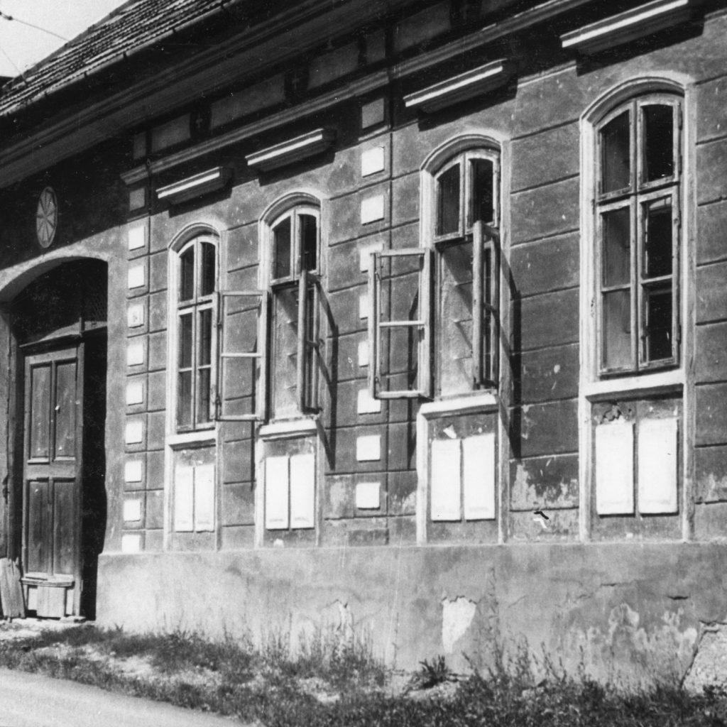 A szádalmási Nyári ifjúsági találkozó táborozói Stószon.