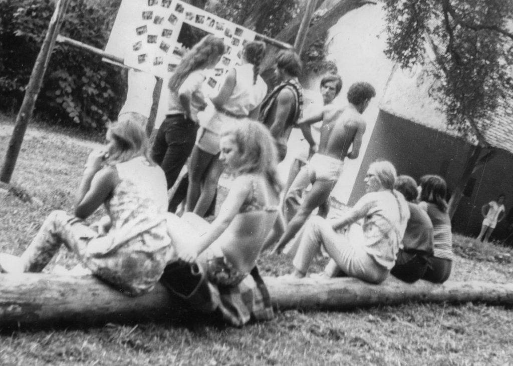 A jászói Nyári ifjúsági találkozó táborozói.