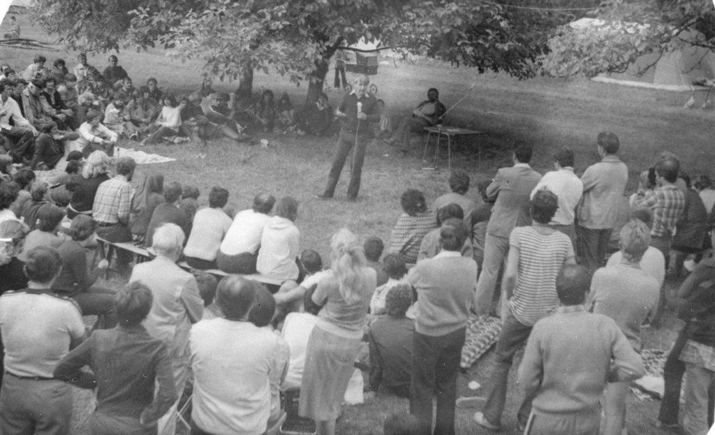 Czeizel Endre genetikus előadása  a somodi táborban.