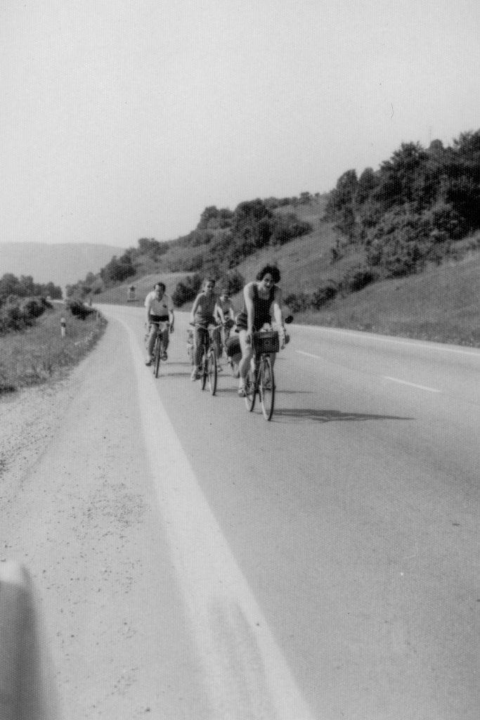 A kerékpártúra résztvevői Gömörben.