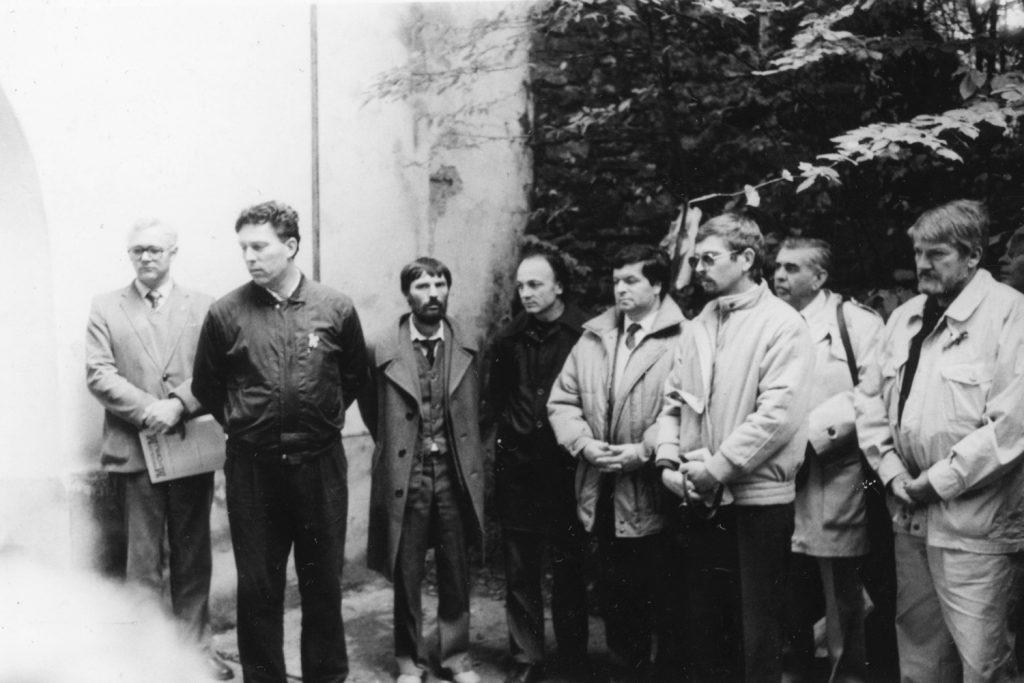 Megemlékezés az 1849 ben Aradon kivégzettt tábornokok sírjánál.