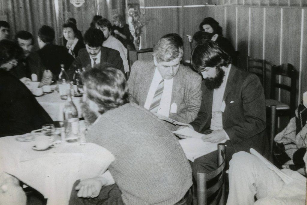 FMK tagok gyűléseznek. (a képen: Himmler György, Püspöki Nagy Péter és Molnár Imre)