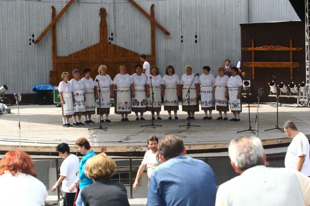 A gömöralmágyi éneklőcsoport. (XLVII. Országos Kulturális Fesztivál)